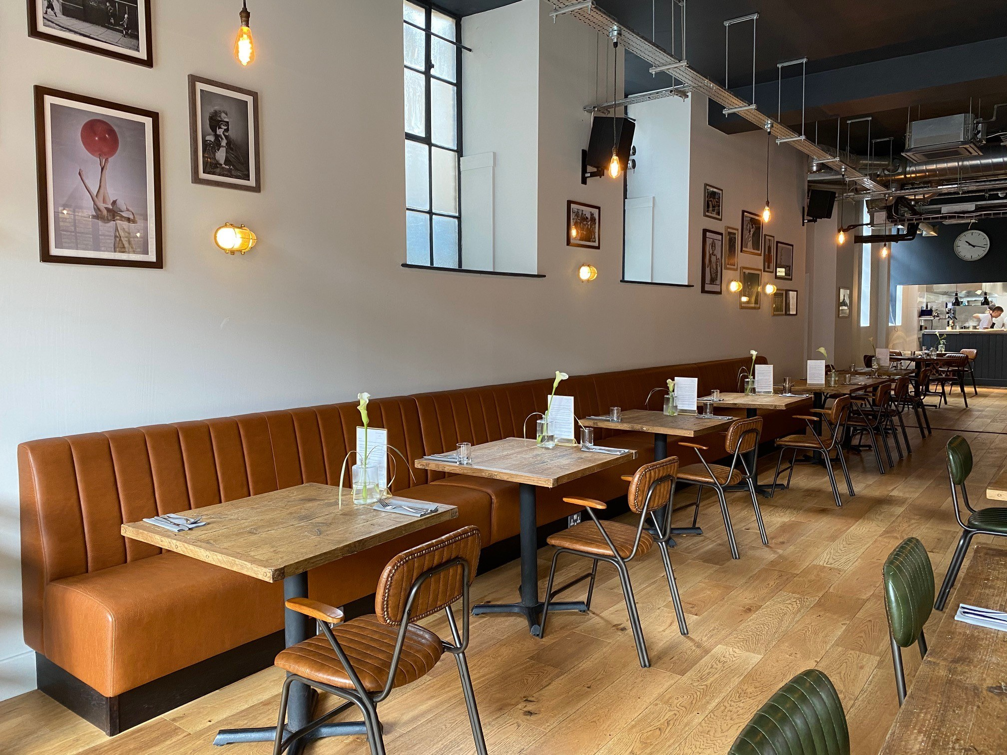 Leather Bench Cafe Seating | Craftwood