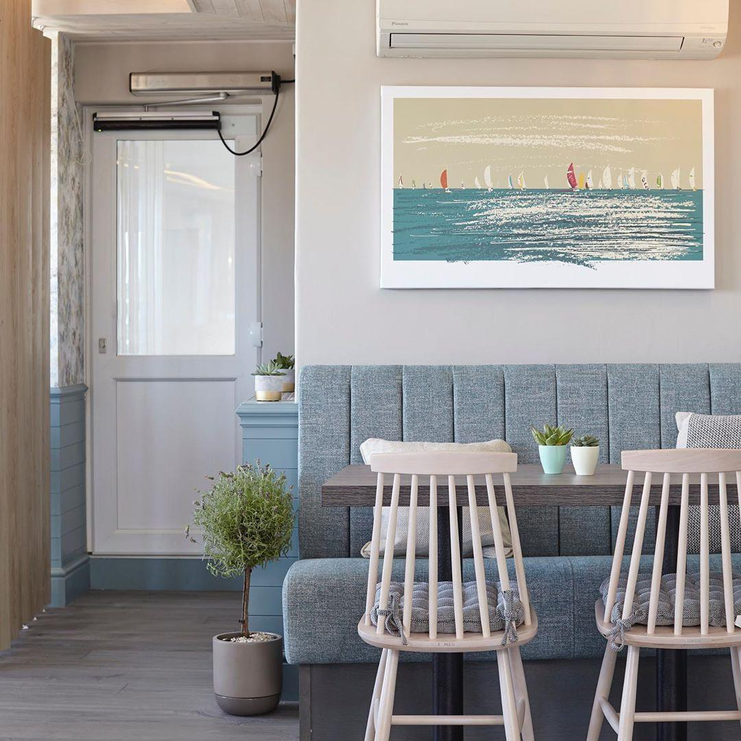 Cafe Banquette Seating | The Terrace IOW