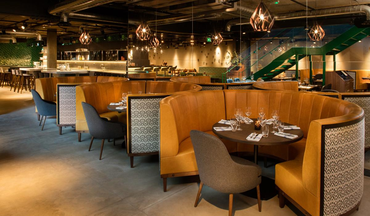 Circular booth leather seating | Restaurant Booths | Craftwood