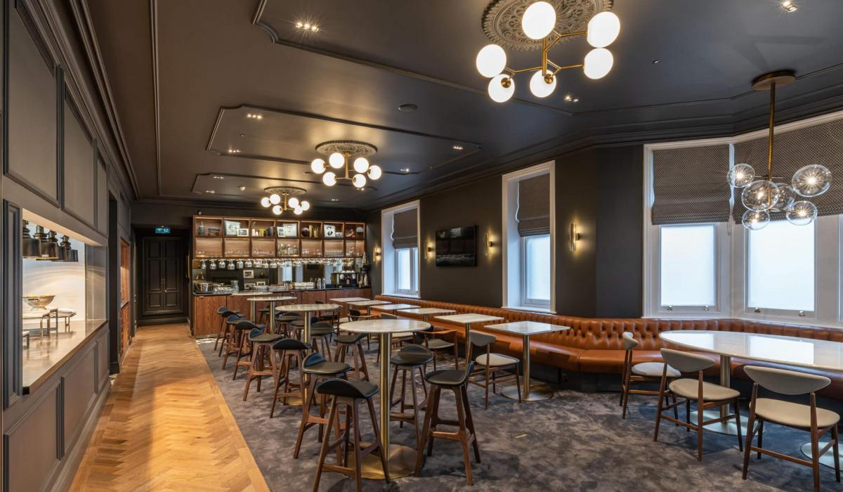 Fulham FC | Private Bar Banquette Seating | Craftwood Interiors