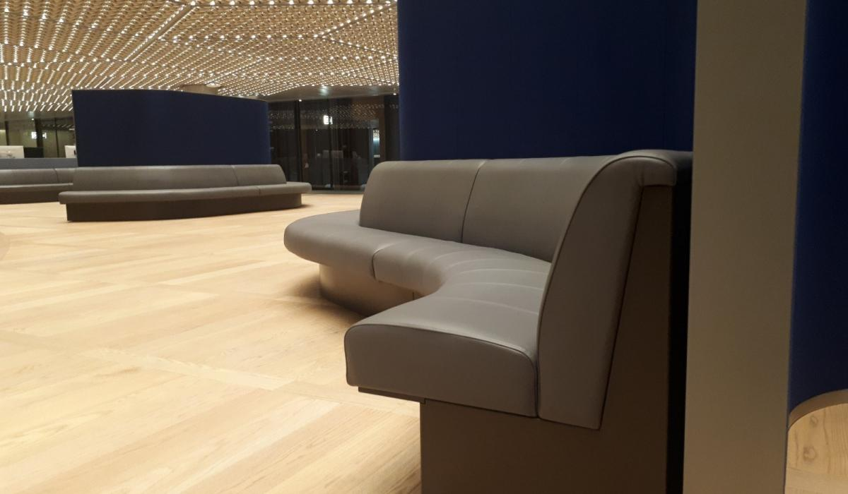 Curved Banquette Seating | Bloomberg Office HQ