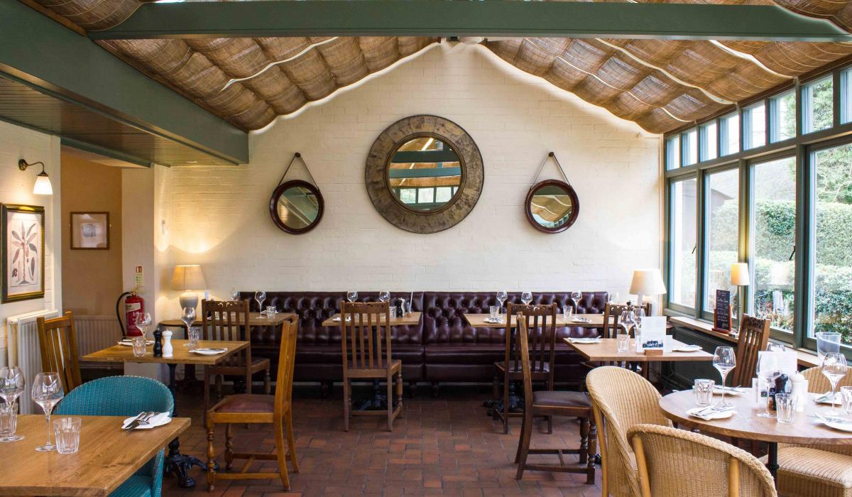 Button Back Banquette Seating | The Three Horseshoes Cambridge