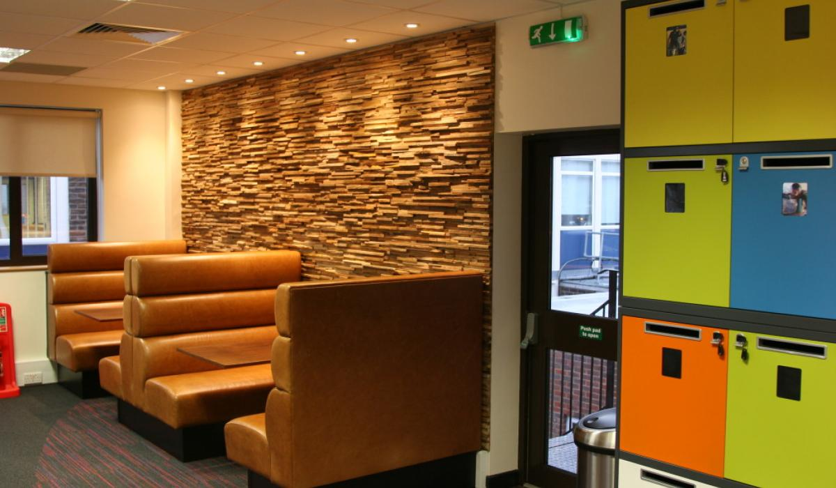 Twinings-Office-Refurbishment-Andover-9649-Id3-1024X683
